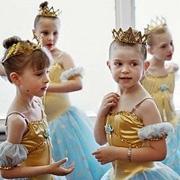 幼儿小班集体舞