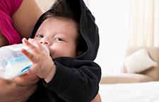 早产儿配方奶粉360°全解读 选购时注意四大要点