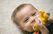 教育:如何培养宝宝手眼协调能力