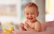 锻炼宝宝肌肉的四个小游戏 赶快收藏起来