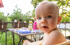 常识:如何促进小儿听力发育