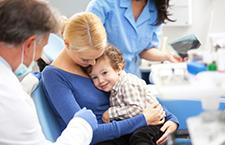医生:宝宝要防过敏性结膜炎