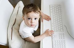 儿童学习电脑的好处 6个方面好处多