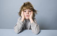 孩子自信心不足的表现有哪些 原因是什么