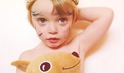 别胡乱给孩子洗澡了,影响孩子一生,不看就晚了!