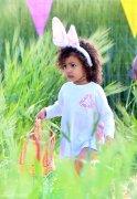 卡戴珊带女儿过复活节