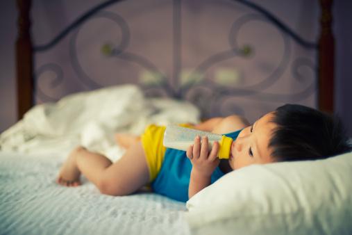 如何挑选1岁宝宝奶粉