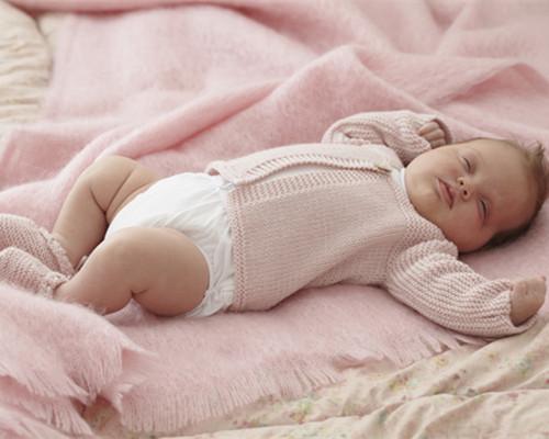 宝宝睡觉摇头的误区