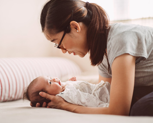 婴儿枕秃怎么预防