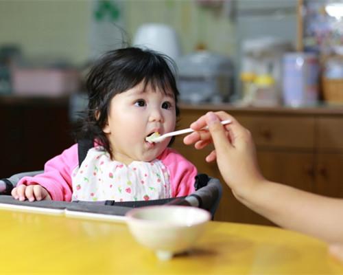 婴儿鱼肝油什么时候吃