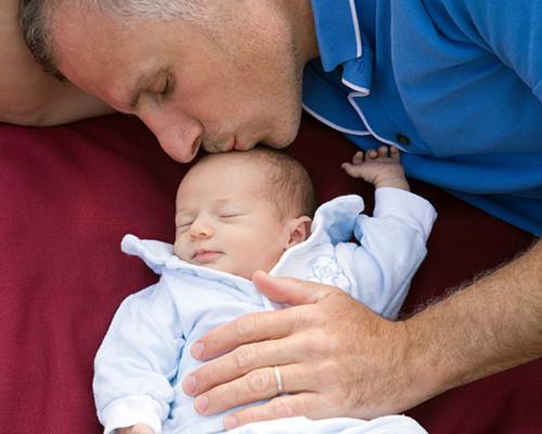 婴儿枕秃正常吗