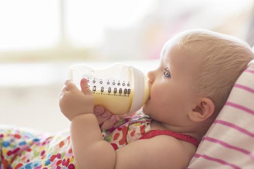 早产儿奶粉要吃多久