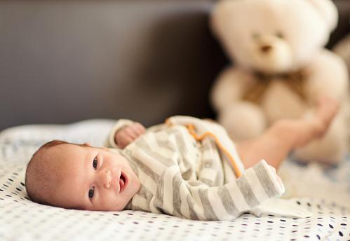有助于新生儿视力的营养 不可缺少的四种元素
