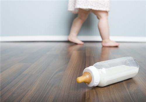 小孩为什么不吃奶粉 奶粉味道不喜欢