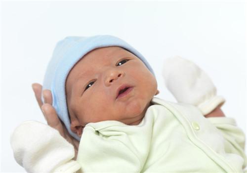 新生儿脑水肿怎么治疗 清楚原因对症下药