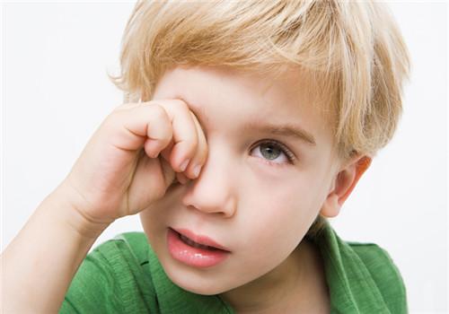 如何预防儿童近视眼 卫生用眼要谨记