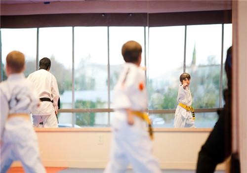 孩子学跆拳道的好处多 注意事项要牢记