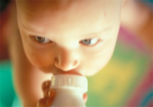 宝宝喝奶粉到几岁
