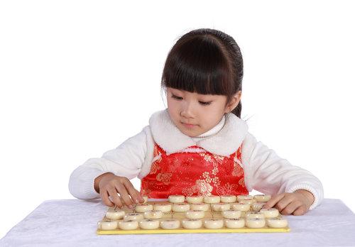 孩子学象棋的好处