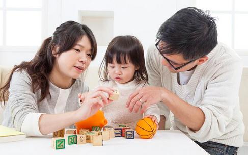 提高宝宝想象力的亲子游戏 带着宝宝玩起来