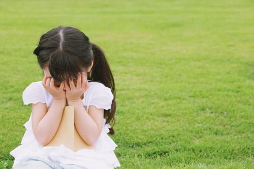 孩子性格孤僻的表现
