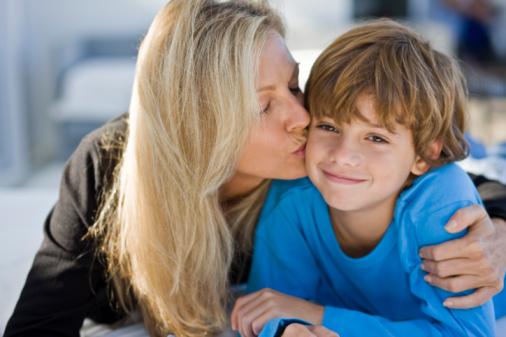 巩固单亲家庭教育的方法多 多点赞美多点激励