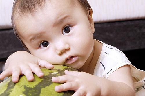 增强免疫力吃什么水果  宝爸宝妈必清楚