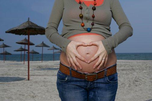 孕妇本命年注意事项多 送礼佩饰有讲究