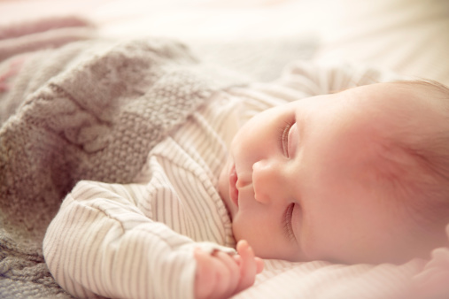 宝宝睡眠常见的误区 宝爸宝妈认真来对待