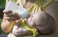 四种配方奶粉分段方法 新手爸妈认真看