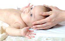 怎样护理囟门闭合前的宝宝 宝妈心里要有数