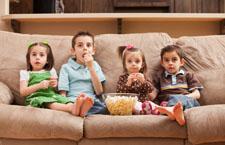 孩子变电视迷 妈妈这样来干预