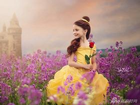 女孩扮迪士尼公主走红