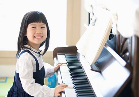 儿童学什么乐器好 建议选择键盘乐器