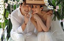 林熙蕾结婚6周年纪念 一家四口和乐融融