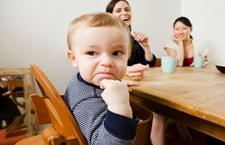 宝宝固执的行为特点 越来越喜欢独立行动
