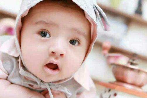新生儿的正常体温是多少 看完您就明白