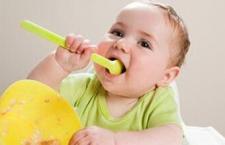 辅食添加的时机 最安全的早期添加食品
