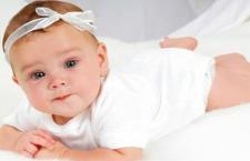 宝宝拉肚子的原因 如何护理拉稀的宝宝