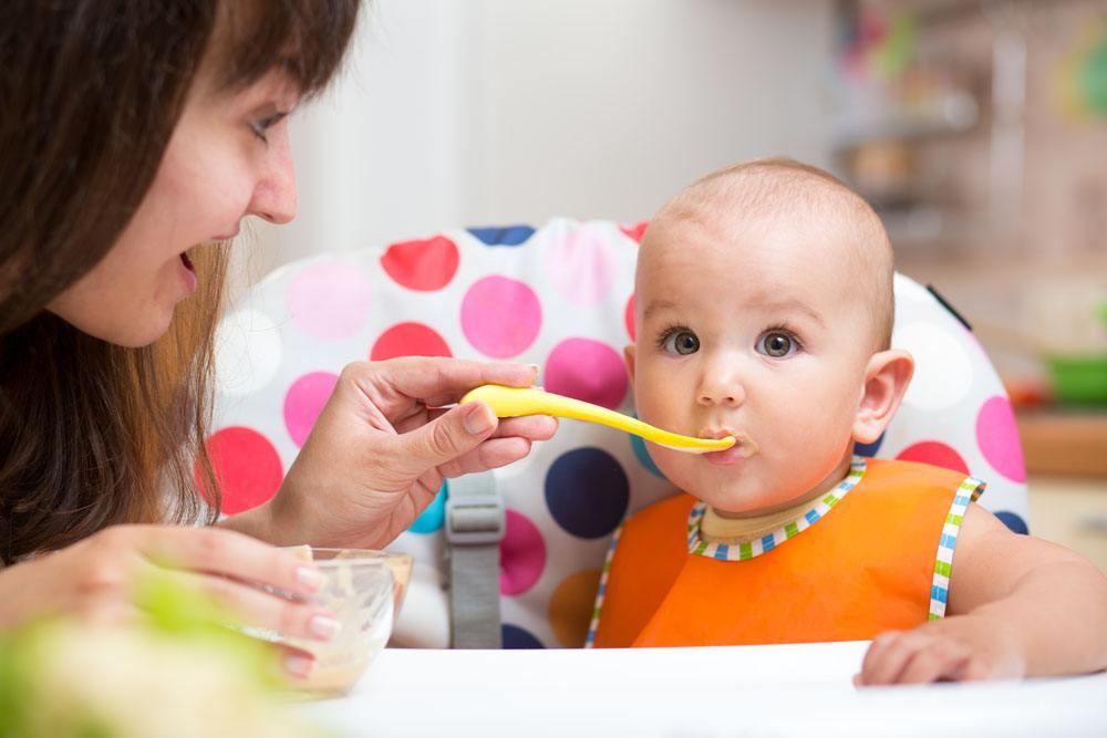 宝宝日常饮食正常规律 应该是这样的