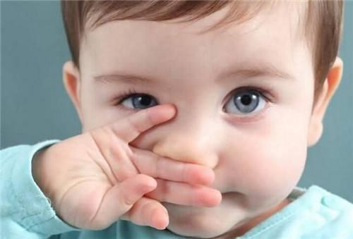 宝妈别乱来 宝宝鼻出血应当辨症治之