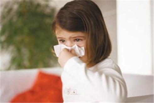 不同年龄小儿上呼吸道感染的症状