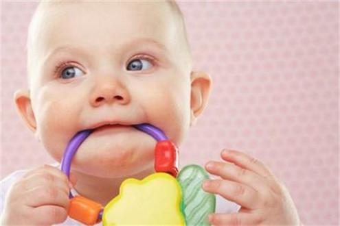 宝宝几个月开始长牙